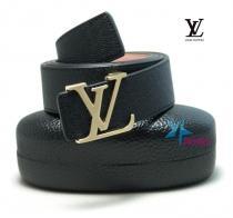 Мужской ремень Louis Vuitton Taiga M6897